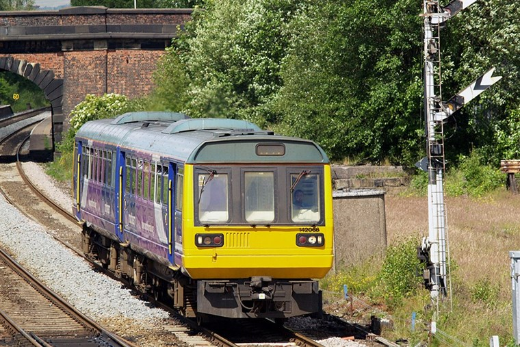 2-car diesel multiple unit for sale (photo David Ingham via Wikipedia)